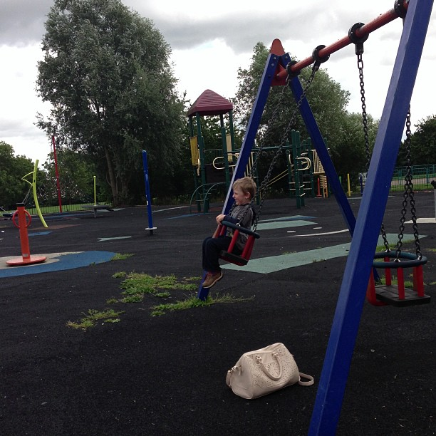 Summer Play, sticking, colouring and swinging