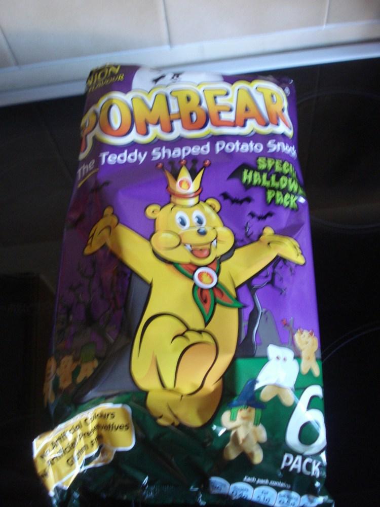 Pom-Bear Halloween snacks