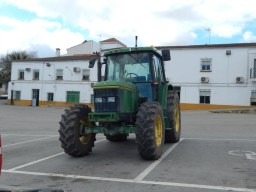 Tractor spotting