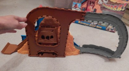 Thomas and Friends Take-n-Play Roaring Dino Run Playset