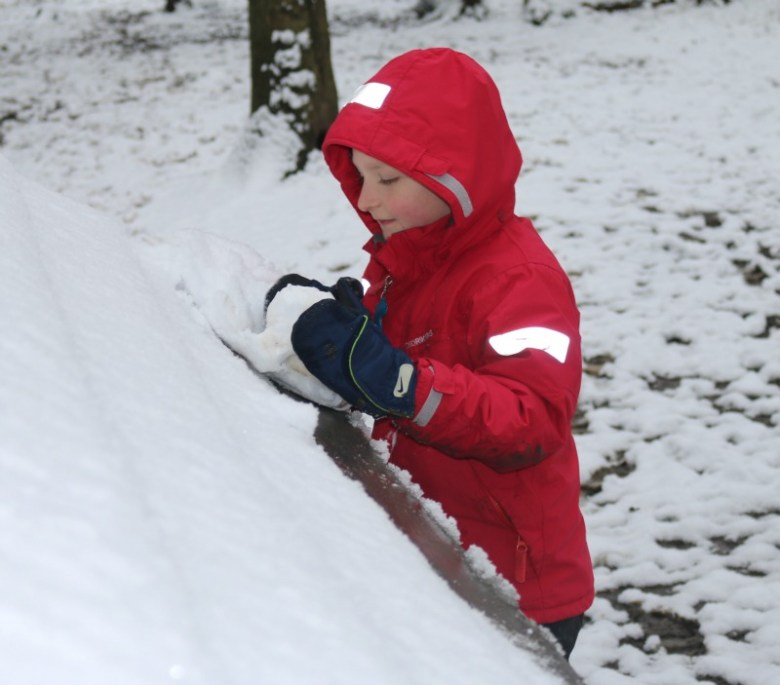 Snow fun at Salcey Forest
