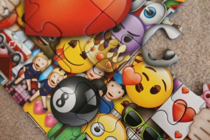 Emoji XXL 100 pc puzzle from Ravensburger