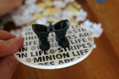 Ravensburger Despicable Me 3 Shaped Prisoner Minion 3D puzzle 4