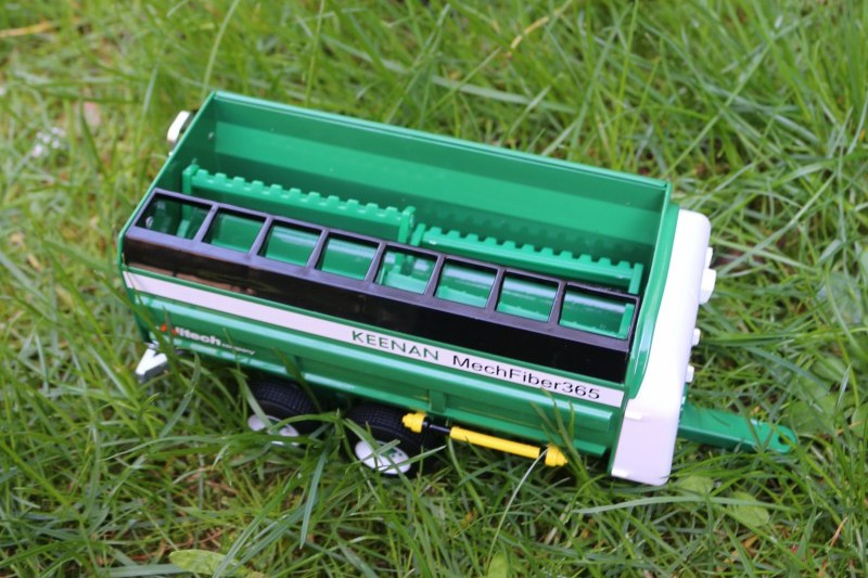 Keenan Mech Fiber 365 mixer wagon from Britains