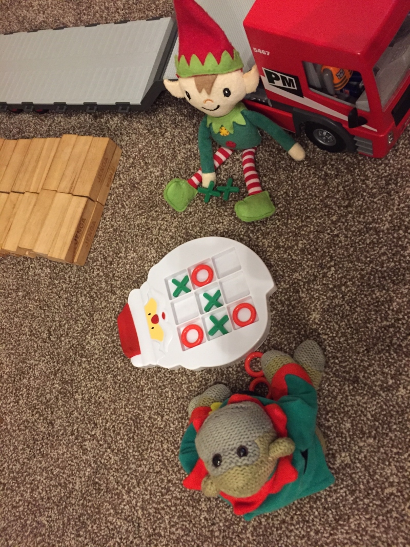 Berry the Elf in 2018 - days 8-14