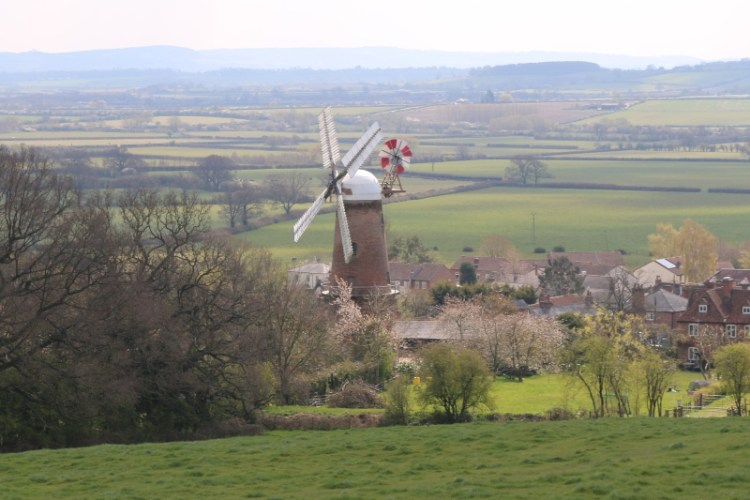 Windmills to discover with kids