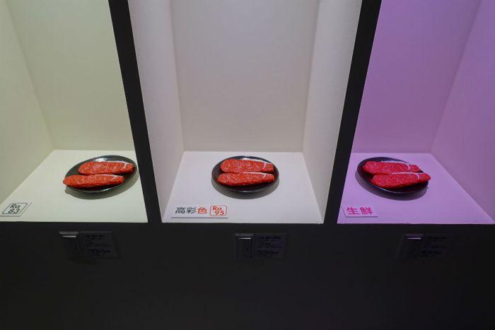 ODELIC東京ショールーム2F 食肉のディスプレイ