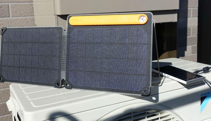 BioLite Solarpanel 10+ スマホ充電