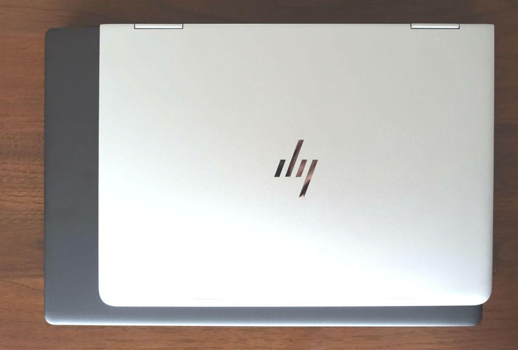DELL Inspiron 15 7000 7590  HP Spectre x360 とのフットプリント比較