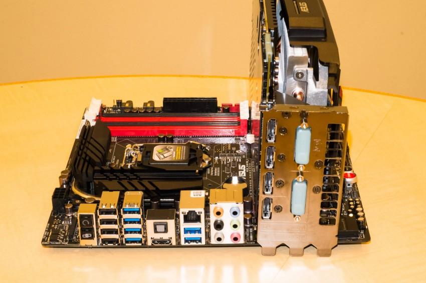 ASUS-Radeon-R9-280X-ROG-Matrix-11-850x566