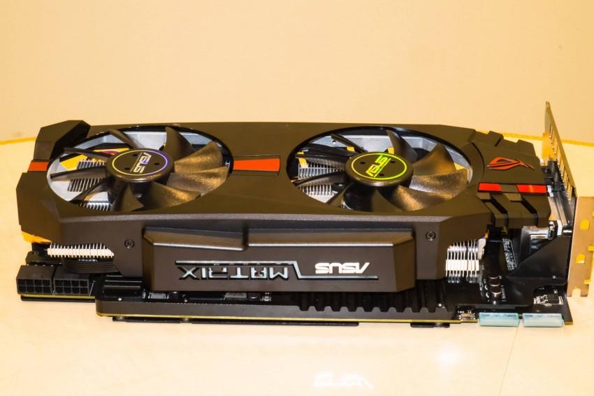 ASUS-Radeon-R9-280X-ROG-Matrix-4-850x566