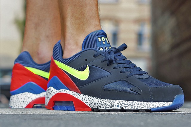 NIKE-AIR-MAX-180-MIDNIGHT-NAVY