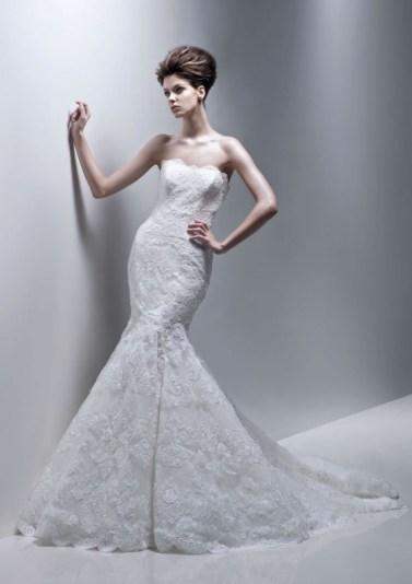 lace-soft-sweetheart-scalloped-neckline-mermaid-wedding-dress