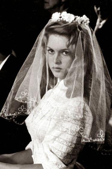 hbz-best-on-screen-brides-04