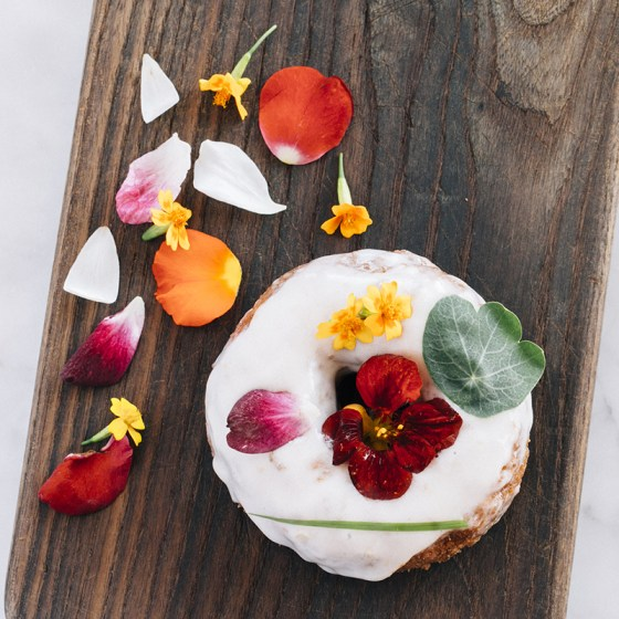 1439314212-hbz-chic-eats-edible-flowers-sidecar-2-credit-tawny-alipoon