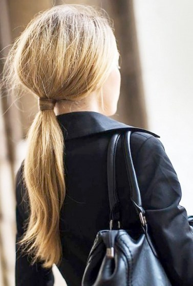10-stunning-hairstyles-you-can-do-in-less-than-30-seconds-1520929-600x0c
