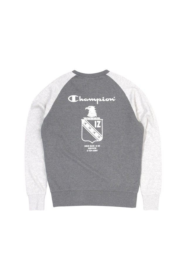 ARMYXCHAM PULLOVER HGY $699 (back)