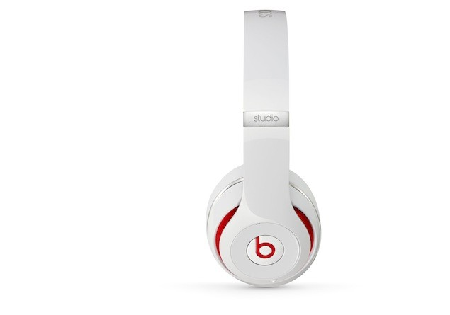 New Beats Studio-white2
