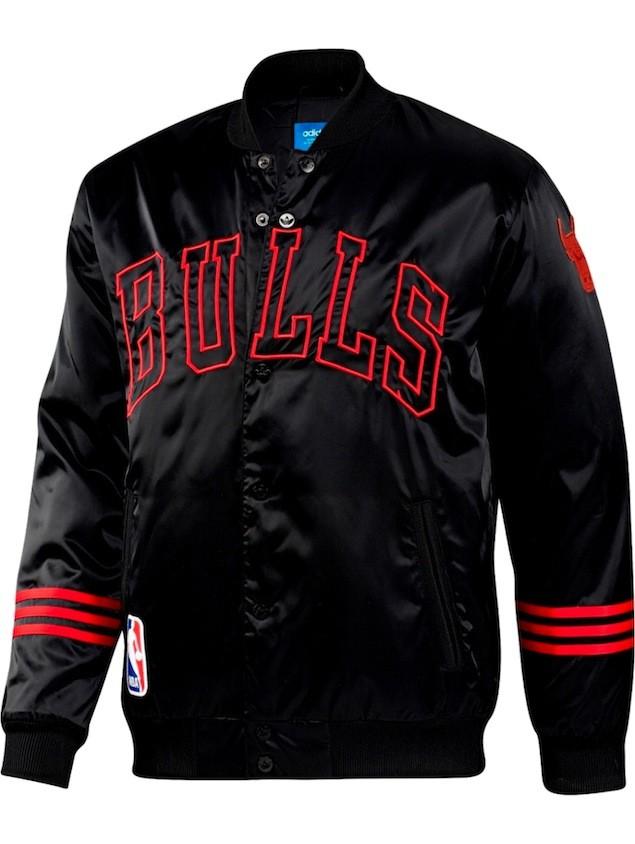 adidas Originals 11月份Basketball系列男生公牛隊球衣外套,售價NT$4,290