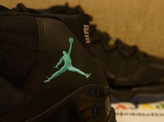 air-jordan-11-gamma-blue-11