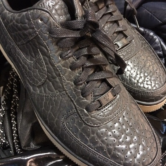 nike-air-force-1-downtown-low-brown-mamba-1