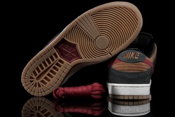 nike sb-dunk-low-corduroy-4