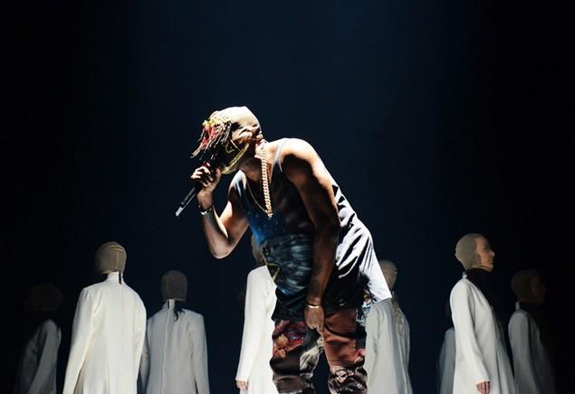 112113_Tommy_Ton_Kanye_West_Concert_slide_01_
