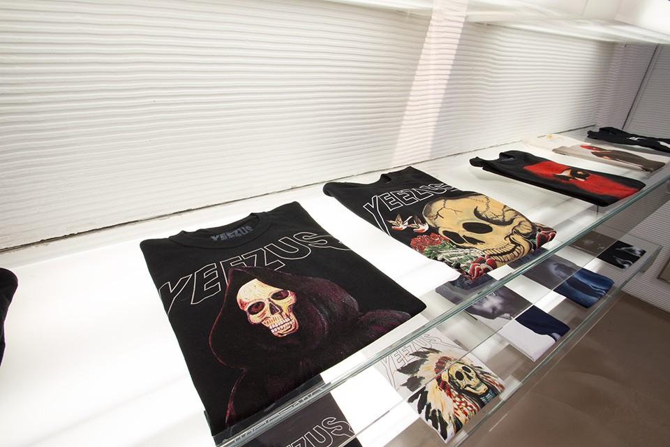-Yeezus-Tour-Pop-Up-Shop-12