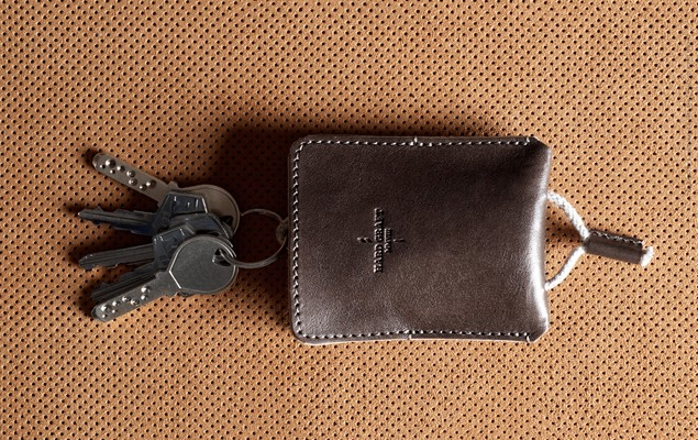 hard-graft-draw-key-pouch-1