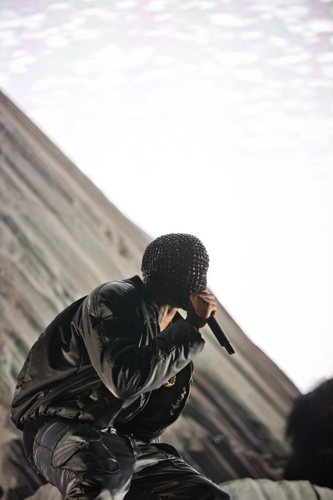 maison-martin-margiela-presents-the-collaboration-for-kanye-wests-yeezus-tour-custom-made-outfits-1