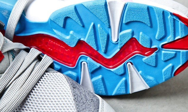 sneaker-freaker-puma-blaze-of-glory-shark-attack12