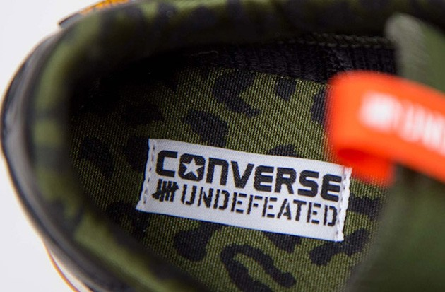 undefeated-converse-auckland-racer-ox-2