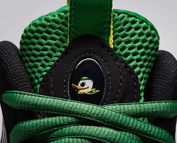 Nike-Air-Foamposite-One-Oregon-Ducks-2
