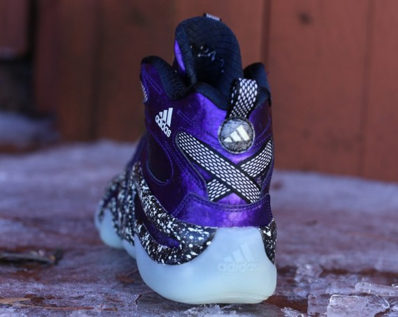 adidas-crazy-8-nigtmare-before-christmas-2