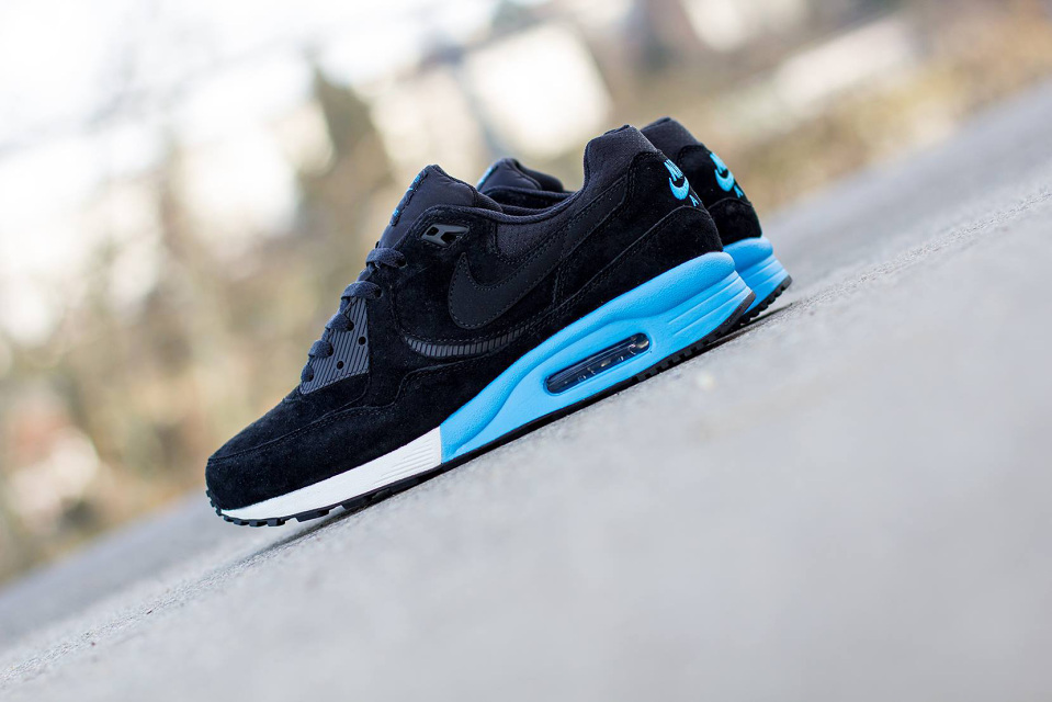 nike-air-max-light-premium-2