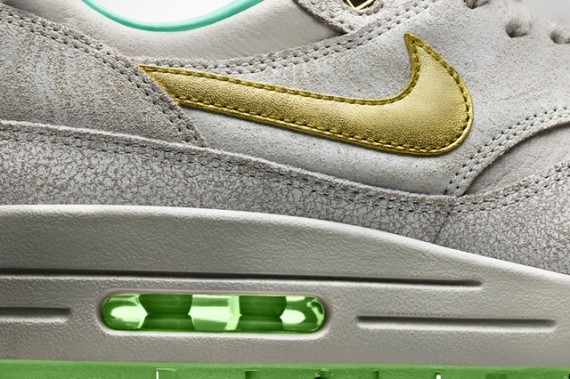 nike-wmns-year-of-the-horse-pack-8