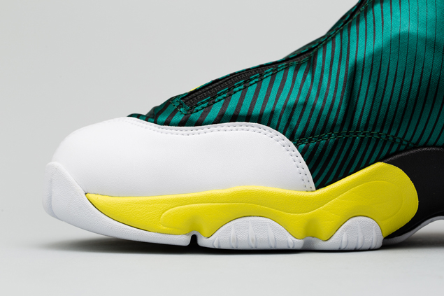 sole collector x nike zoom flight the glove-7
