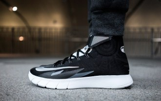 a-closer-look-at-the-nike-zoom-hyperrev-black-1