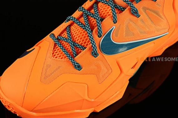 nike lebron-11-atomic-orange-7