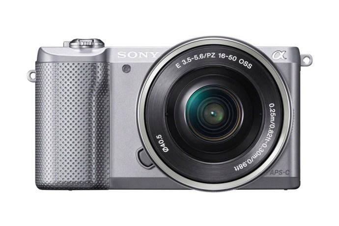 sony-α5000-the-worlds-lightest-interchangeable-lens-camera-1