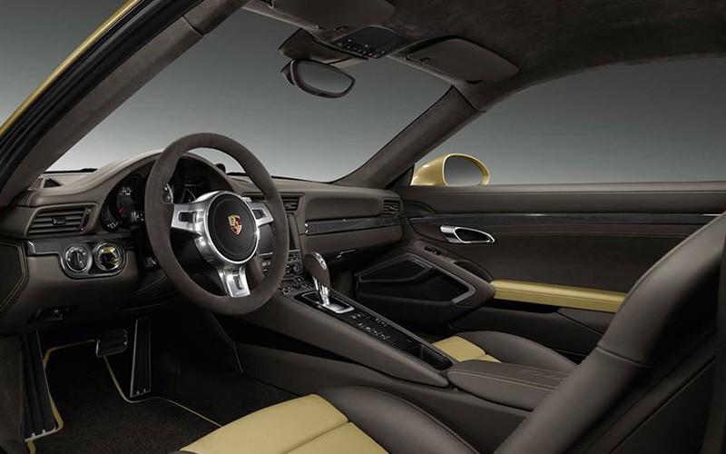 Porsche-911-Turbo-2014Lime-Gold_P3-