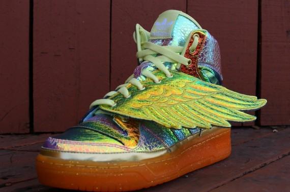 jeremy-scott-adidas-js-wings-gold-foil-2
