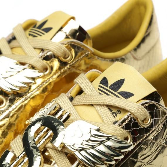 jeremy-scott-adidas-originals-rod-laver-gold-python-4