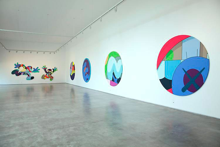 kaws-play-your-part-galeria-javier-lopez-2