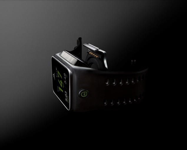miCoach SMART RUN手錶_$15,000_2月上市_02_
