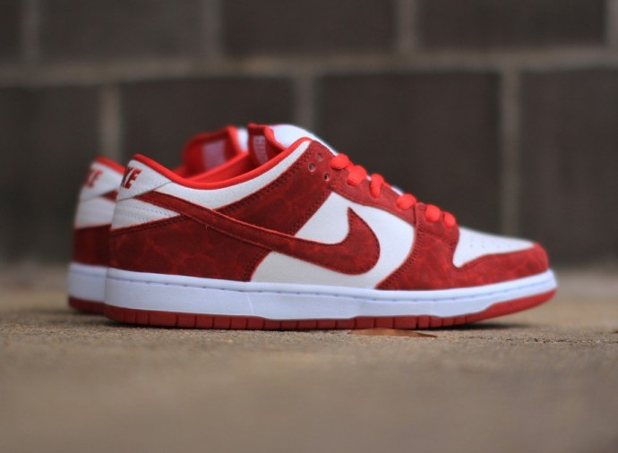 nike-sb-dunk-low-valentines-day-0