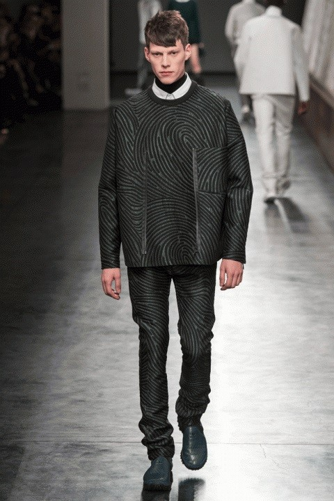 opening-ceremony-2014-fall-winter-collection-15