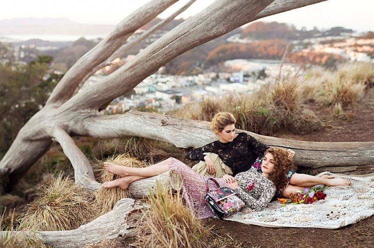 romantic-pictures-gay-couples-around-globe-23006-750x497