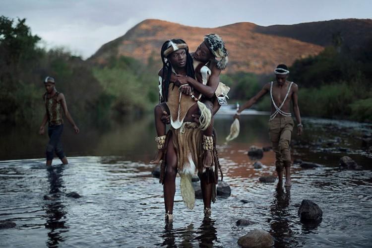 romantic-pictures-gay-couples-around-globe-48302-750x500