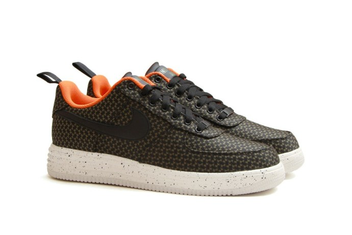undefeated-x-nike-lunar-force-1-2